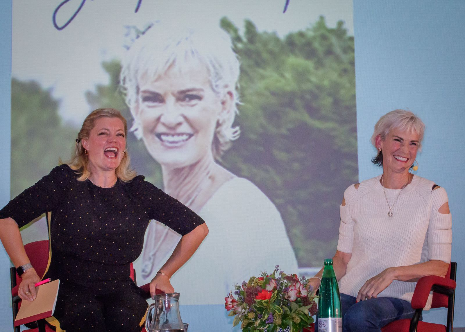 Alexandra Heminsley having fun with Judy Murray